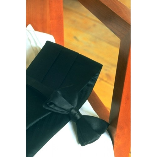 Big and Tall Black Silk Cummerbund and Bow Tie Set